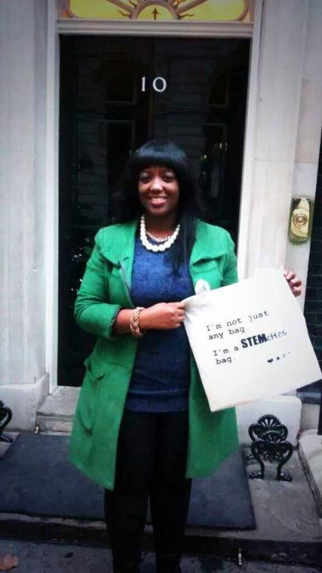 Look! I'm outside No 10, about to go in...
